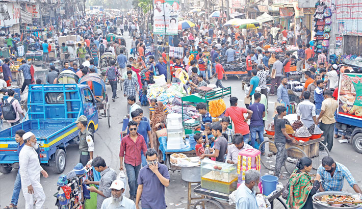 Hawkers back on streets