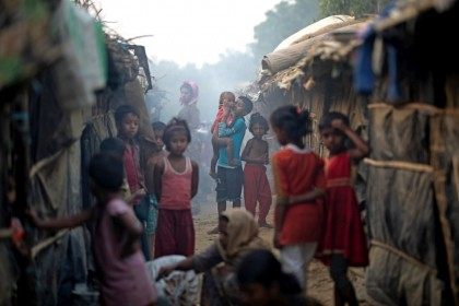 IOM-appeals-for-US-182-mn-to-help-Rohingyas-local-community