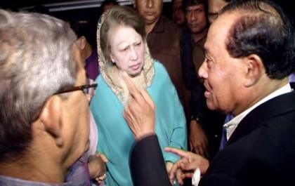 BNP appoints British lawyer Carlile for assistance in Khaleda's cases