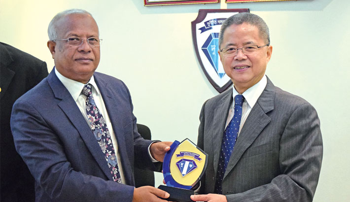 ICAC team meets ACC chairman