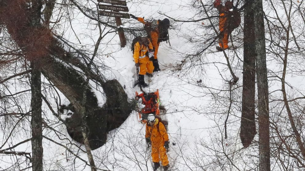 13 holiday hikers rescued from snowy Tokyo mountain