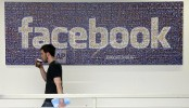 Facebook's Zuckerberg admits mistakes, outlines fixes