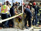 2 firefighters dead, 2 injured in building collapse