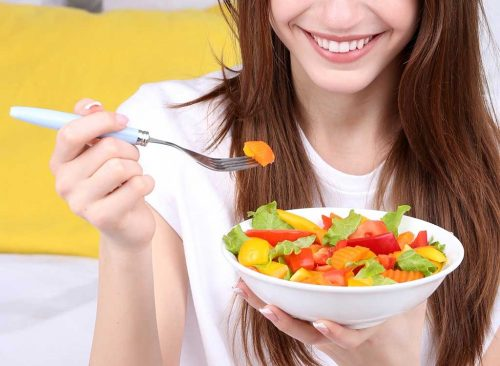 Refrain from dieting, eat regularly to sustain weight loss