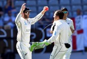 England 217-6 at tea on last day, 1st test vs New Zealand