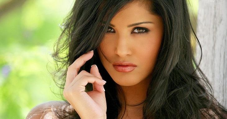 Sunny Leone launches trailer of Karenjit Kaur