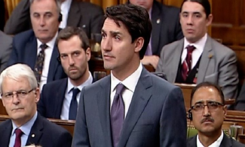 Does Justin Trudeau apologise too much?