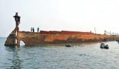 Sri Lanka refloats WW2 ship