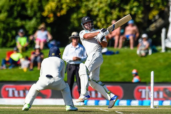 New Zealand 191-6 at tea on day 5, 2nd test vs England