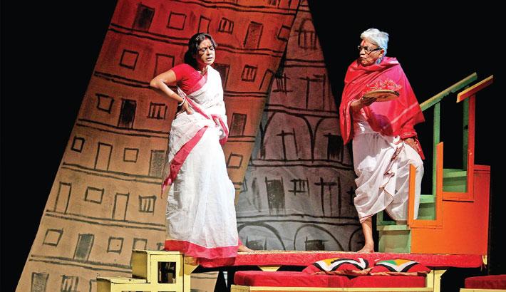 Kolkata-Based Theatre Troupe Entertains Dhaka Audience
