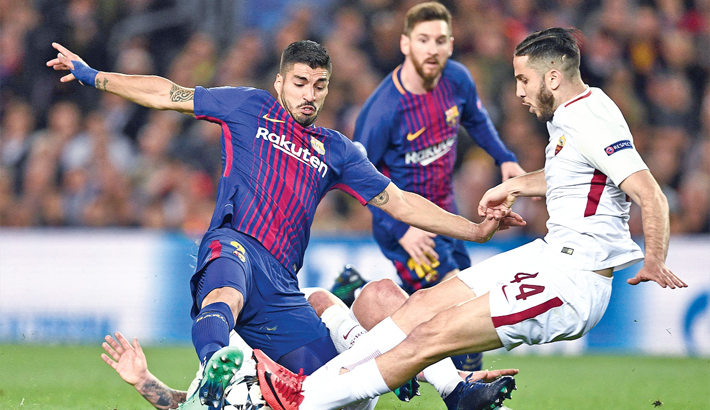 Two own-goals help Barca thump Roma