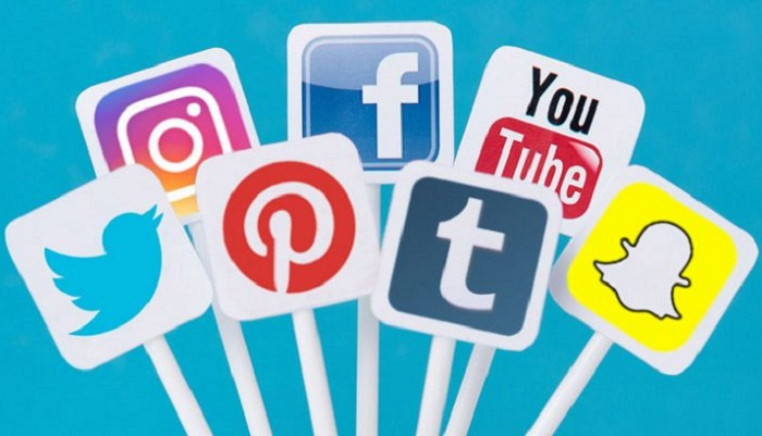 Govt to impose tax on social media