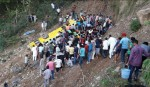 30 children killed as Indian school bus plunges off cliff