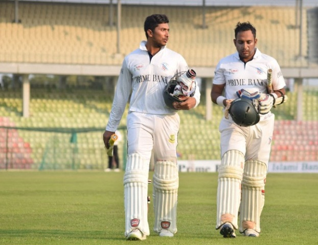 BCL: South Zone lead by 245 runs against East Zone on Day-3