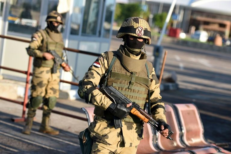 Egypt army says 8 soldiers, 14 jihadists killed in Sinai attack