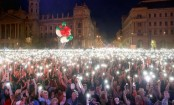 Hungary: Thousands march in anti-Orban demo in Budapest