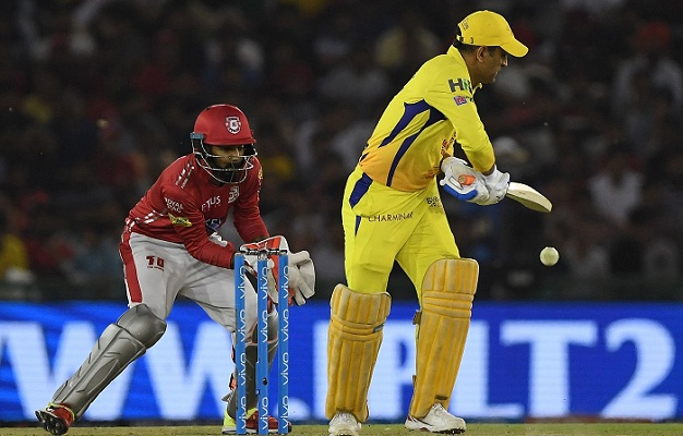Dhoni falls short in final over, Kings XI prevent a heist