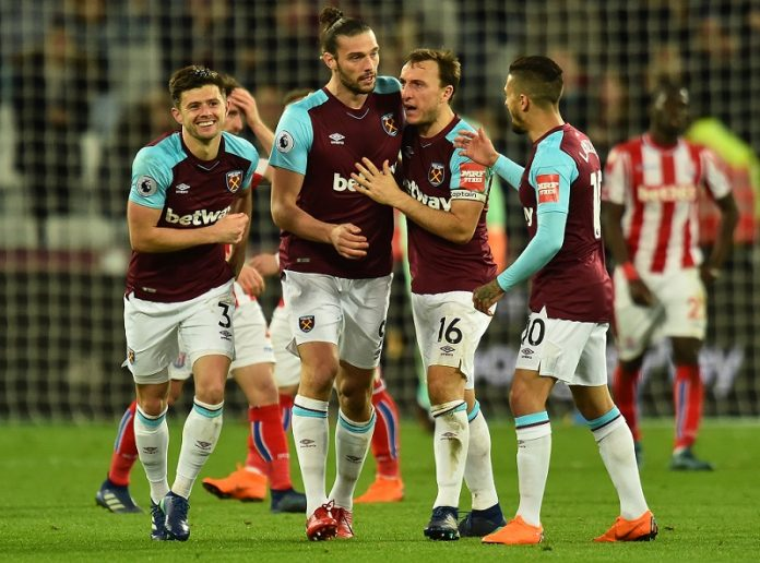Carroll spares Hart's blushes as West Ham secure late draw against Stoke