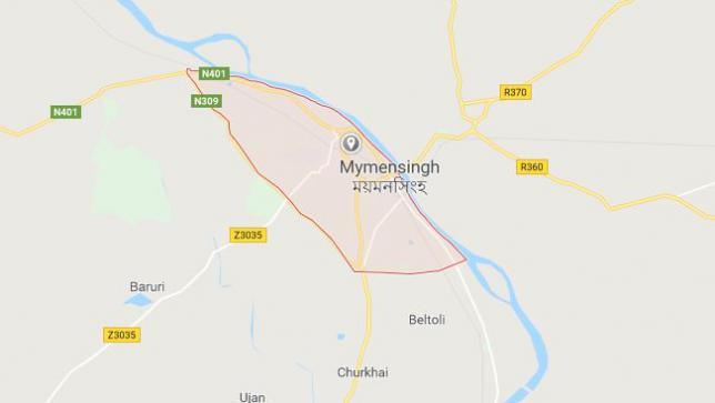 Mymensingh woman 'kills self, son jumping' before train