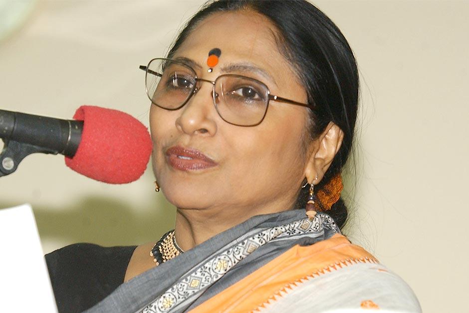 Theatre activist Shaoli Mitra quits as chief of Paschimbanga Bangla Akademi