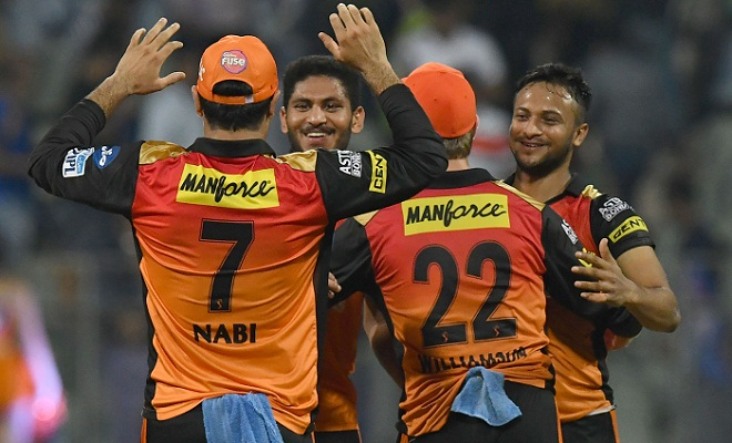 Rashid and Kaul sink Mumbai in chase of 119