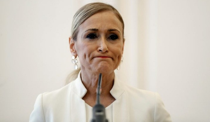 Madrid leader steps down over alleged cosmetics theft