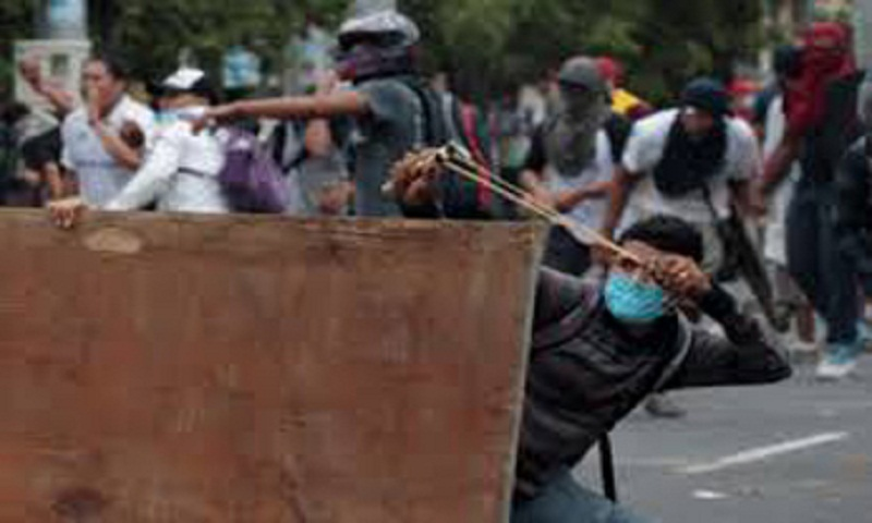 Week-long anti-government unrest kills 34 in Nicaragua