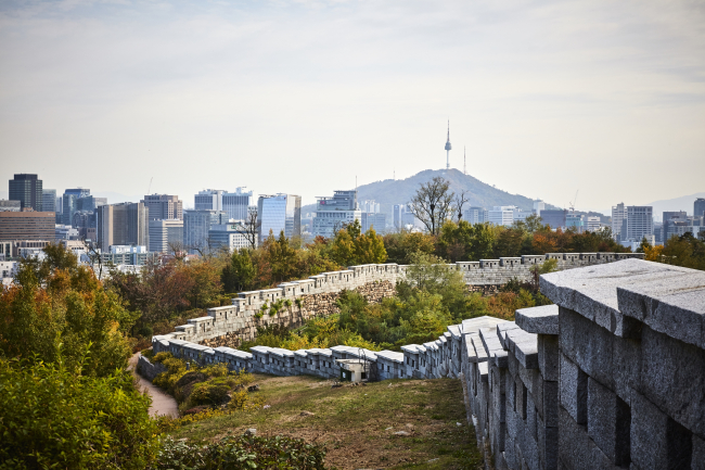 Seoul City Wall: Where modern meets the ancient