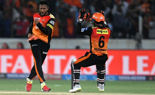 Shakib, Rashid star as Sunrisers defend another low total
