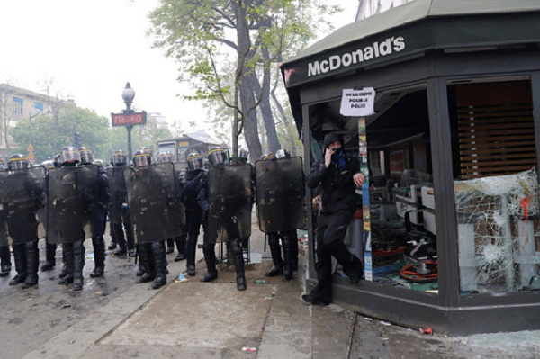 McDonald's torched during May Day protests in Paris