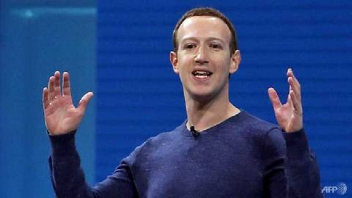 Zuckerberg says Facebook to add dating service