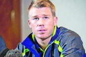 Australia chief sees way back for disgraced Warner