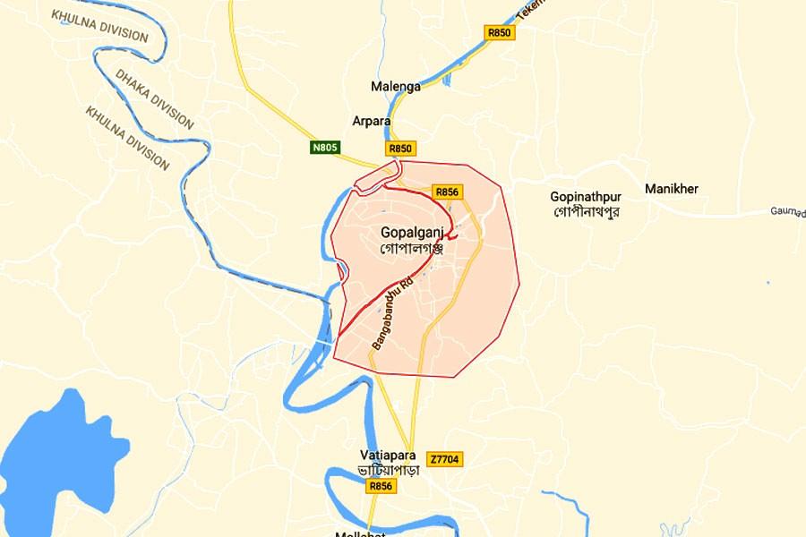 3 killed as truck overturns in Gopalganj