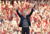 Wenger sees Arsenal beat Burnley 5-0 in final home game