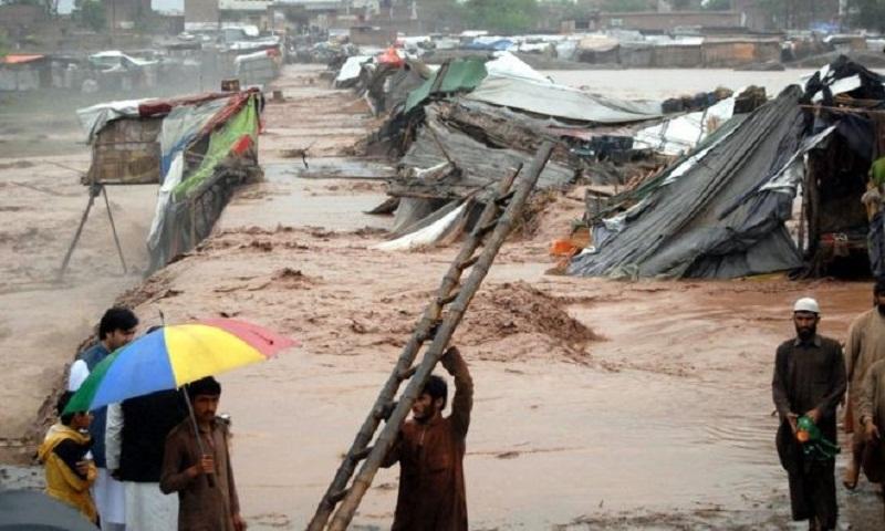 Heavy rainstorms kill 15 in northwest Pakistan