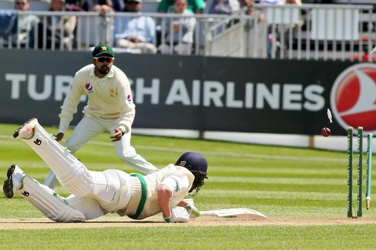 Ireland rally after Pakistan enforce follow-on