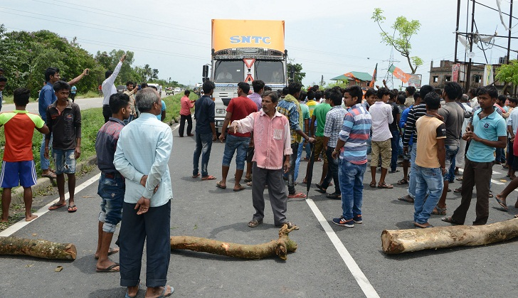 Twelve dead in political violence in east India