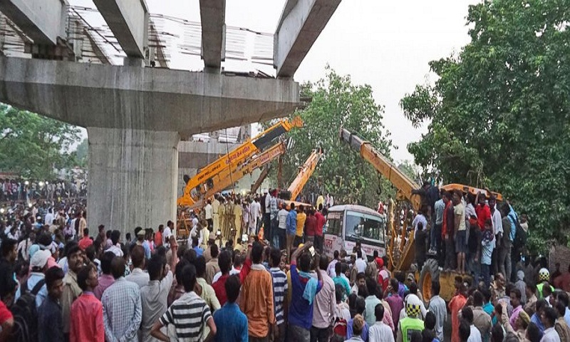 Highway overpass collapses in India, killing at least 18