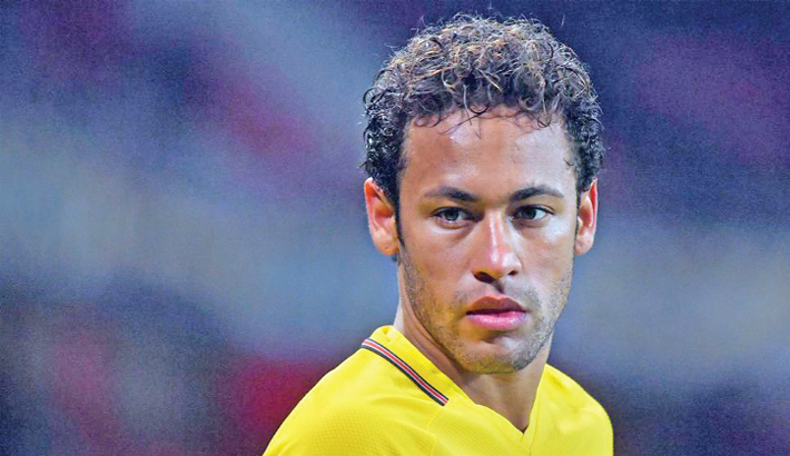 Nobody is as scared as me, admits Neymar
