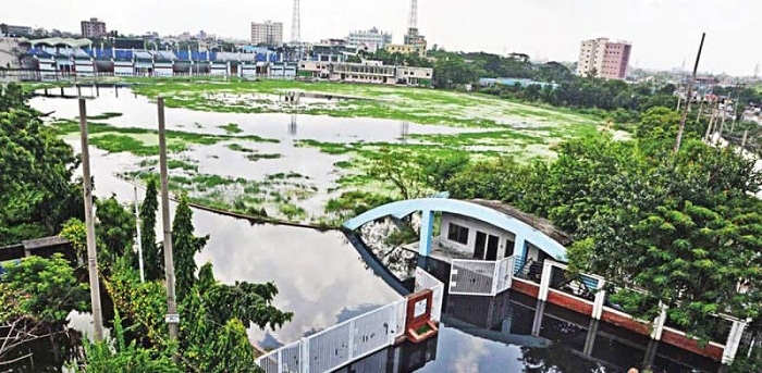 Waterlogged Fatullah Stadium unfit for cricket