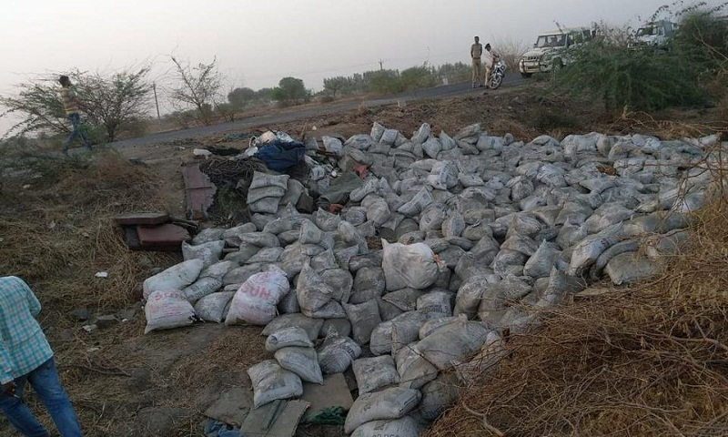 19 killed, 7 injured as cement-laden truck overturns in India's Gujarat