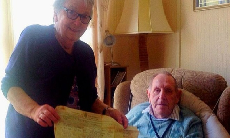 Love letter from 1950s returned to Cornwall couple