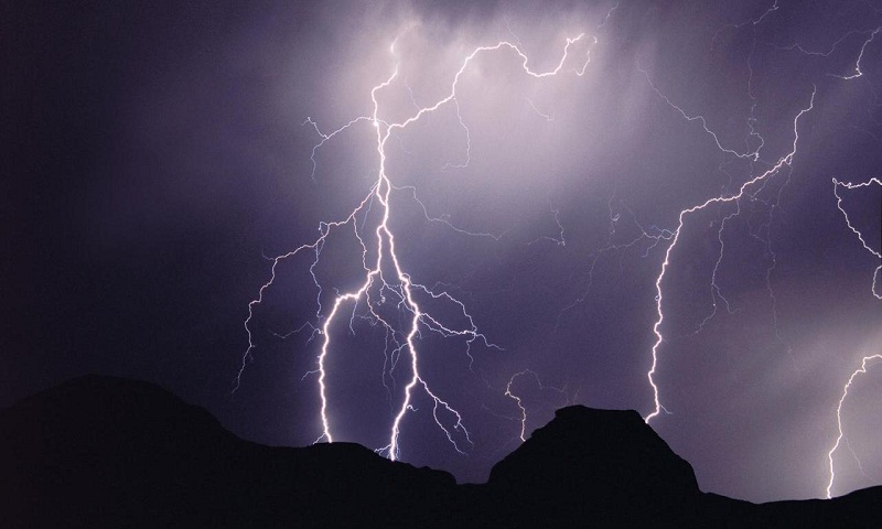 Lightning strikes kill 200 in 75 days; blame goes to global warming