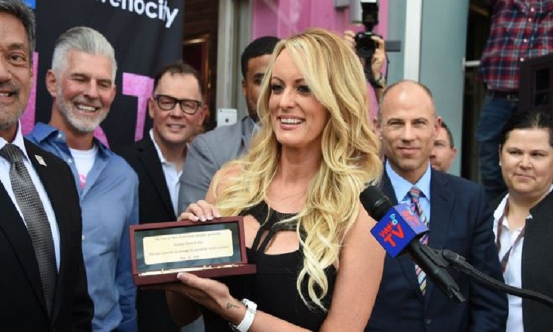 Stormy Daniels given key to the city of West Hollywood