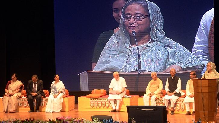 Prime Minister Sheikh Hasina returns home from Kolkata