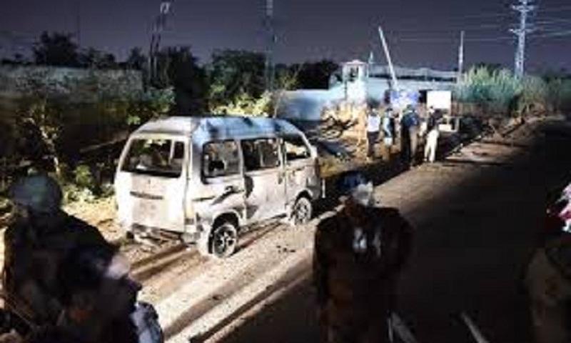 Pakistan police kill 6 linked to bomb attack