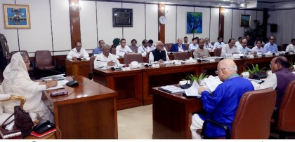 Strictly maintain environmental issues in economic zones: Prime Minister