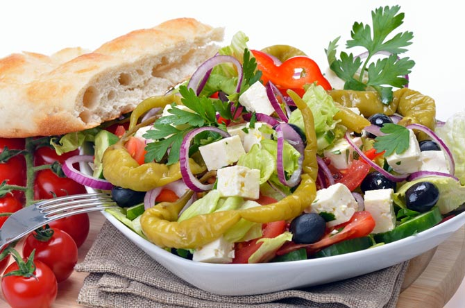 Mediterranean diet may curb air pollution's effect on health