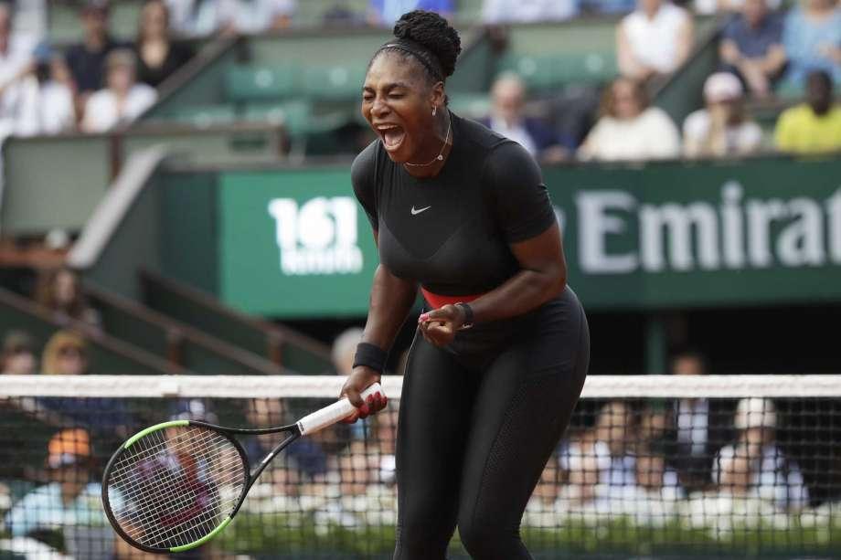 Way to go, Mom: In Paris, Serena Williams wins Slam return