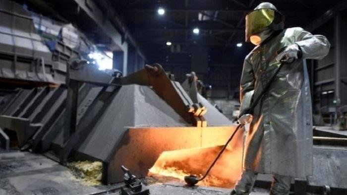 US slaps steel and aluminium levies on key allies